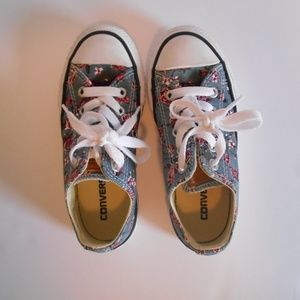 Converse All Star Girls Shoes Size 11